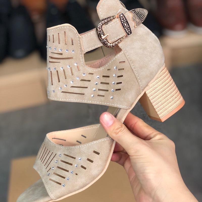 Hauts talons Mode femme en cuir gris Sandales Nouveau Top qualité toes Chunky Chaussures Sexy évider Party Chaussures de mariage avec la boîte