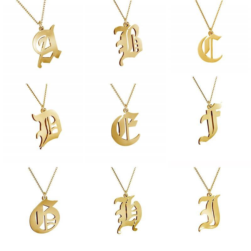 Anfängliche Old English Halskette Gold überzogener Edelstahl 26 Buchstaben Chamrs Anhänger Kette Schmuck Mädchen-Frauen Geburtstags-Geschenk