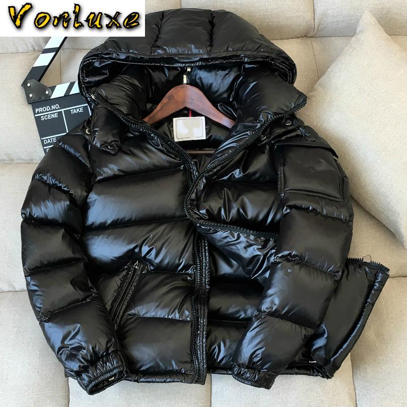Зимняя куртка вниз мужчин Толстые Теплый Ultralight 90% белая утка вниз пальто Мужчины с капюшоном Мужская одежда Повседневная Outwear LWL2255 T200909