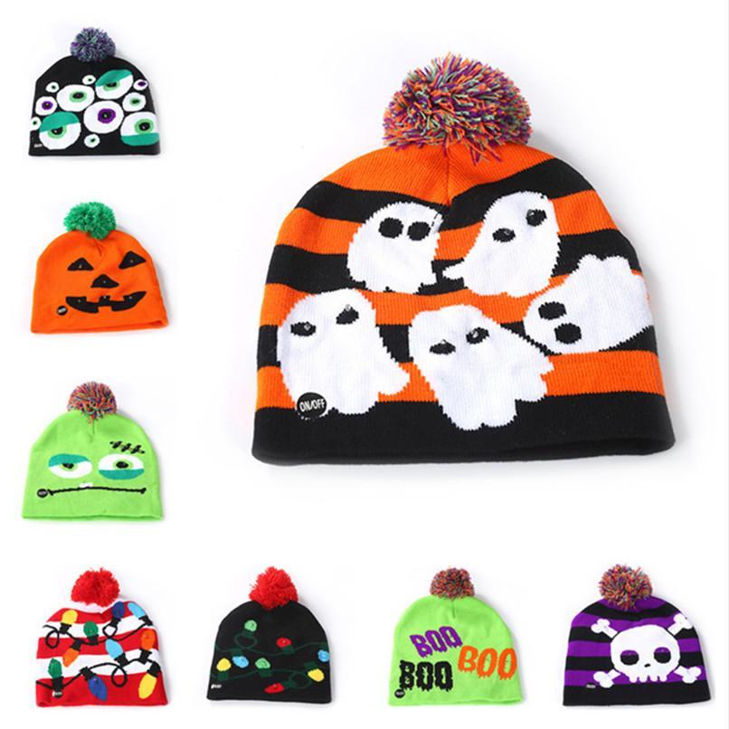 LED Leucht Caps Mützen Beanie Kinder Kinder Pom Ball-Schädel Kappen leuchten Nacht-Flash-Cartoon Hüte Weihnachten Halloween Kopfbedeckung Bonnet B82104