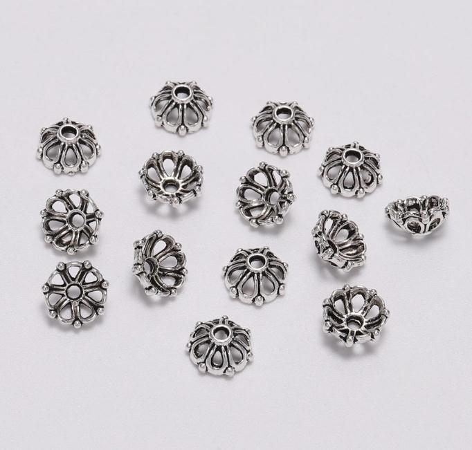 200pcsTibetan Silber überzogene Blumen-Metallkorn-Kappen-Korn-Endstöpsel 8mm Filigree Schmuck Stecker Perlen Cap Diy Schmuck