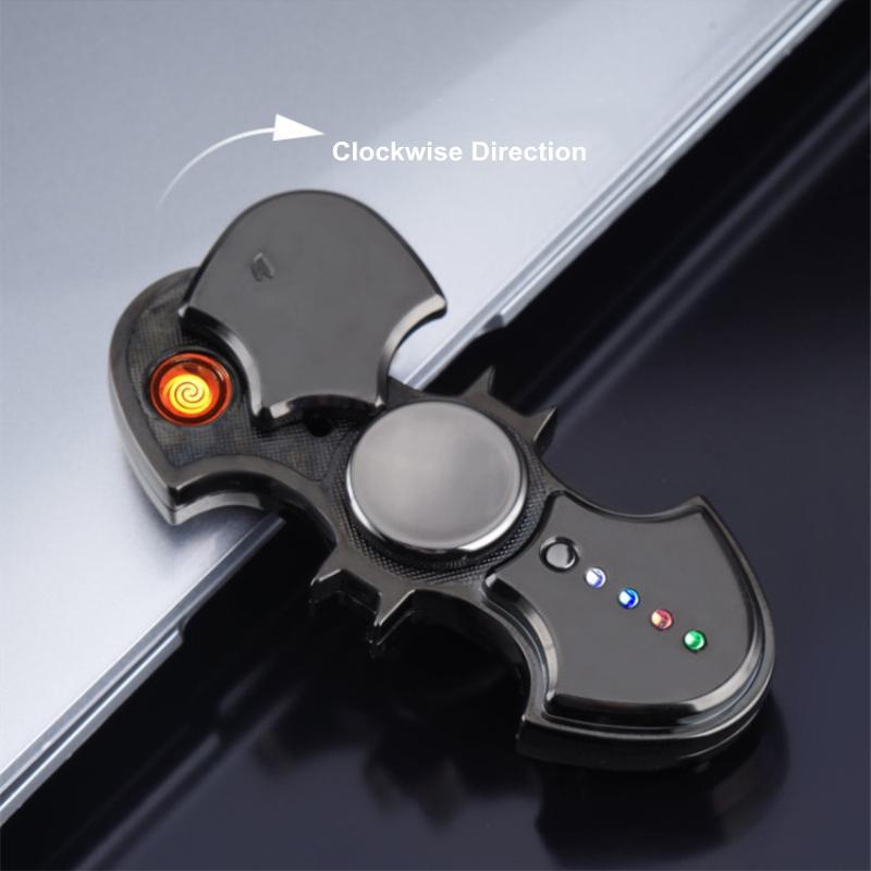 Nouveau Creative Batman Fidget Spinner USB Electronic Plasma Plasma Briquet Briquet LED Cigarette Lumière Briquet Funning Spinning Toy Gadgets pour Hommes