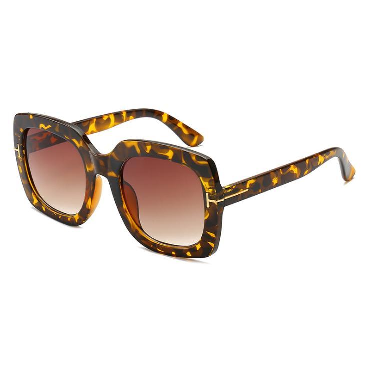 Т-образный площади кадра солнцезащитные очки Женщины пластичный материал линзы ретро моды 7 цветов 9017 UV400 Защита очки