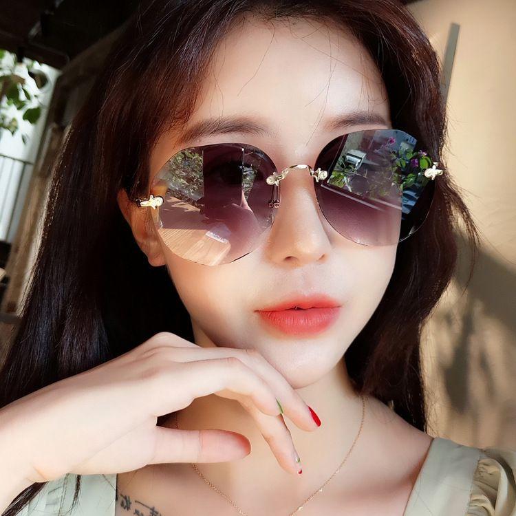 Роскошные женские градиенты Rimless оттенки высокие с 2020 модным качеством Солнцезащитные очки Дизайнерские очки Цвет Eltte