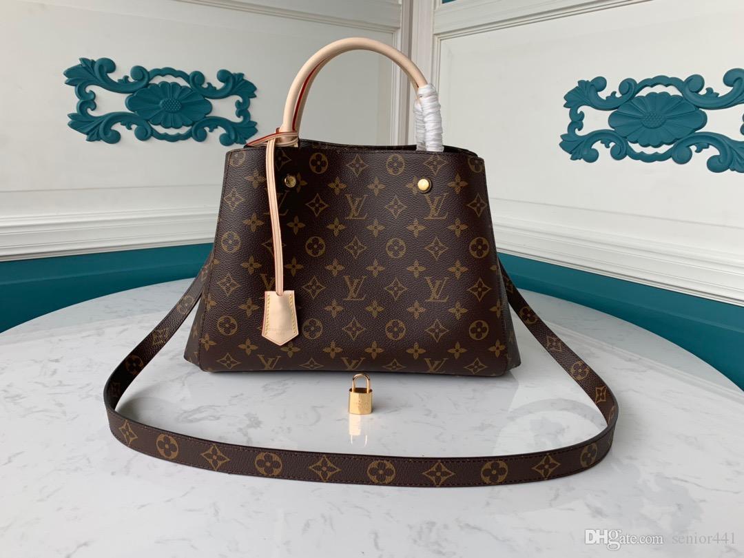 Moda piccola borsa femminile borsa a tracolla borsa a tracolla nuova sciarpa di seta modello di pietra 2019 inverno diagonale piccoli sacchetti quadrati 33-23-15cm M41056