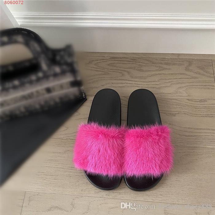 Lady pantoufles série mode Tongs classique, nouveau fond plat automne / hiver à la lumière des pantoufles d'usure avec boîte Taille 35-41