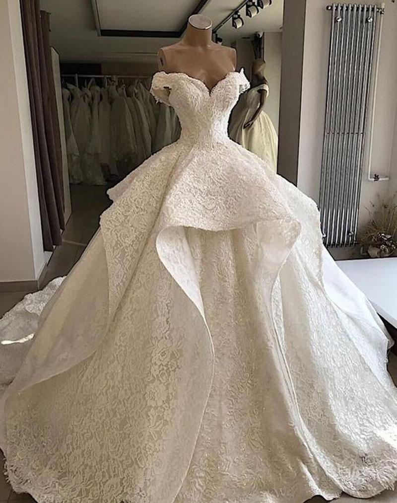 Luxury Off Shoulder Ball Gown Wedding Dresses Tiered Lace Sweep Train Wedding Gowns for Bride 2020 bride dress for Weddings