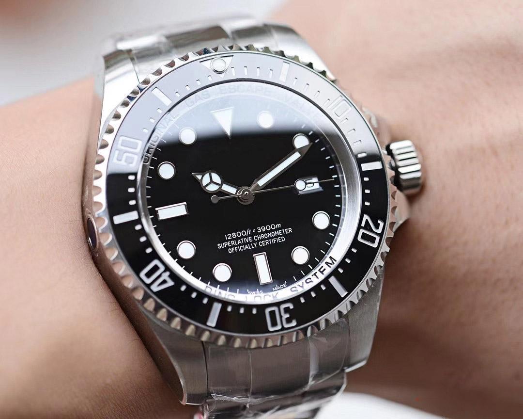 2020 Best Men Montre Profonde Lunette En Céramique Sea-Dweller Stanless automatique en acier Montres Hommes montre mécanique bleu lumineux montres étanches