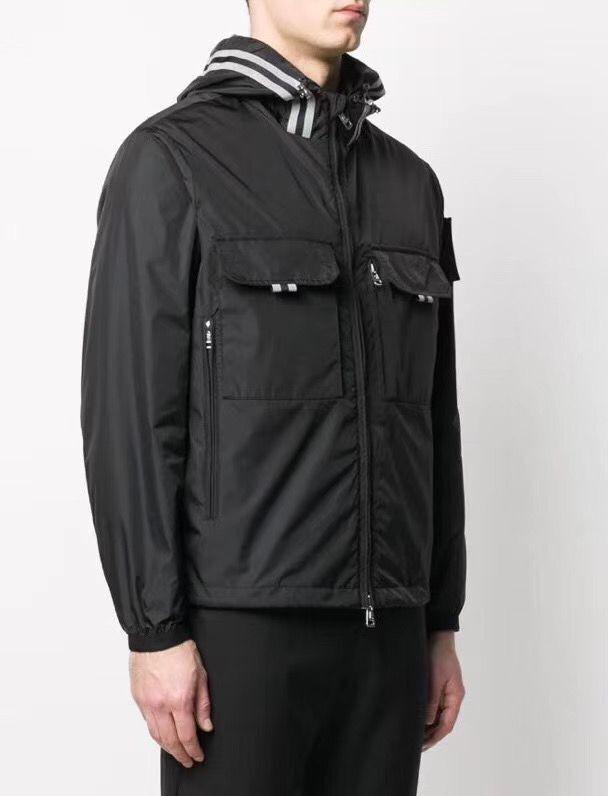 2020 Yeni Kış Parka Coat Erkekler Pamuk Ceket Giyim Kapşonlu Kalınlaşmak Sıcak Siyah Beyaz Palto Giyim Dış Giyim Mo