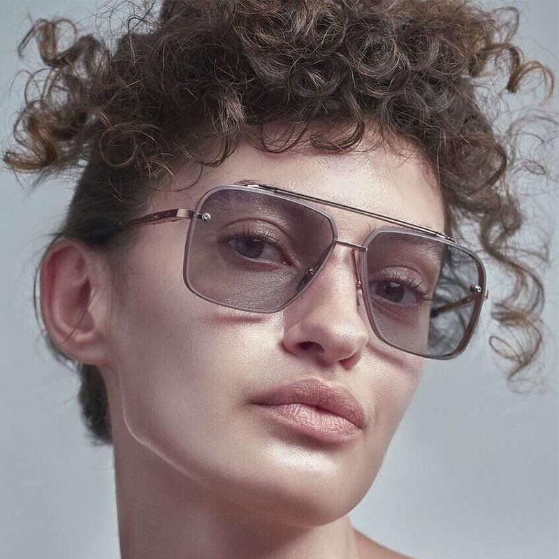 2020 NOUVEAU Mode Lunettes de soleil Vintage Femmes Rétro Square Designer Sun Lunettes De Soleil Punk Eyeglasses pour hommes LFNTE