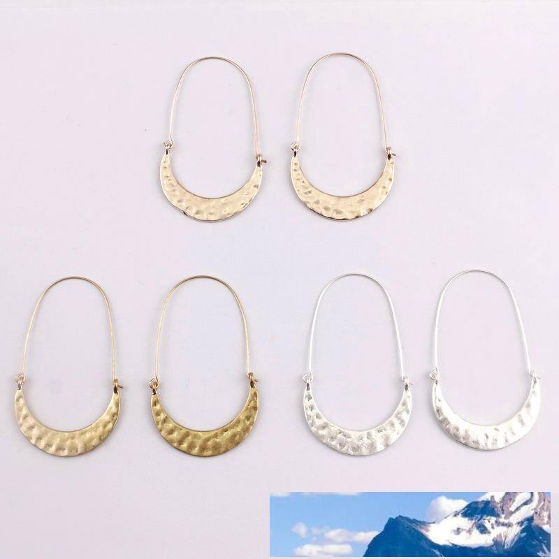 Cut-out dei metalli Teardrop orecchini per le donne ha martellato il Crescent Moon Brass Wire Infila orecchini del cerchio gioielli e accessori