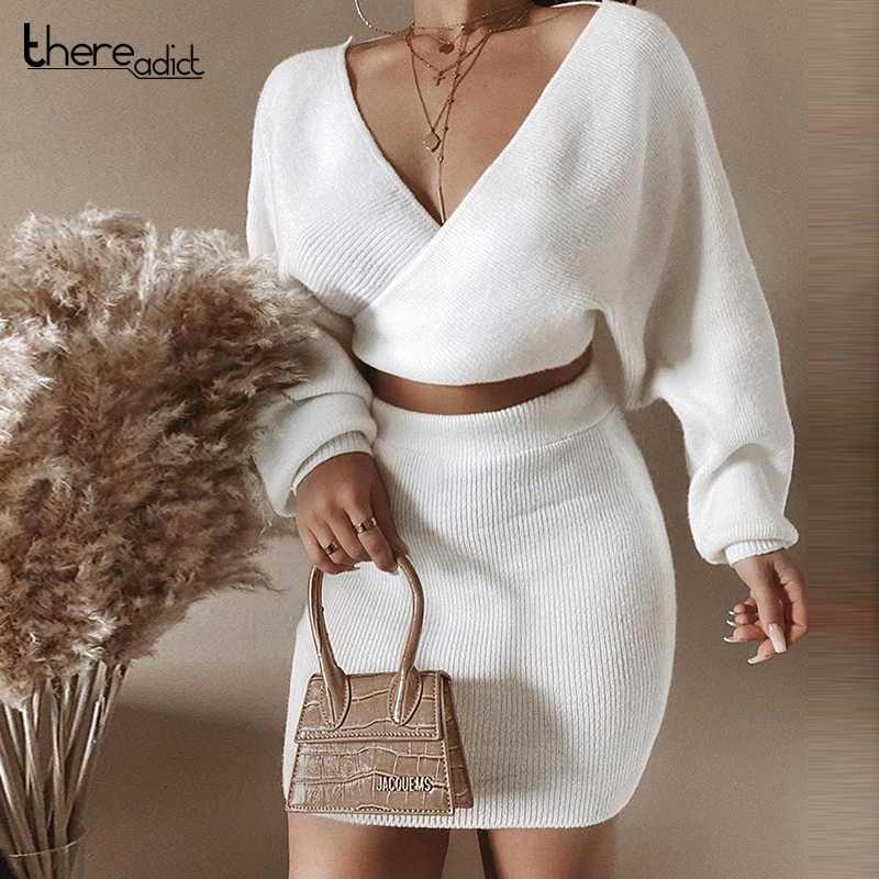 Thereadict blanc tricoté costume deux pièces Set Crop Top et Jupe Automne Hiver Pull Ensemble 2 pièces Femmes V Neck Tenues Femme