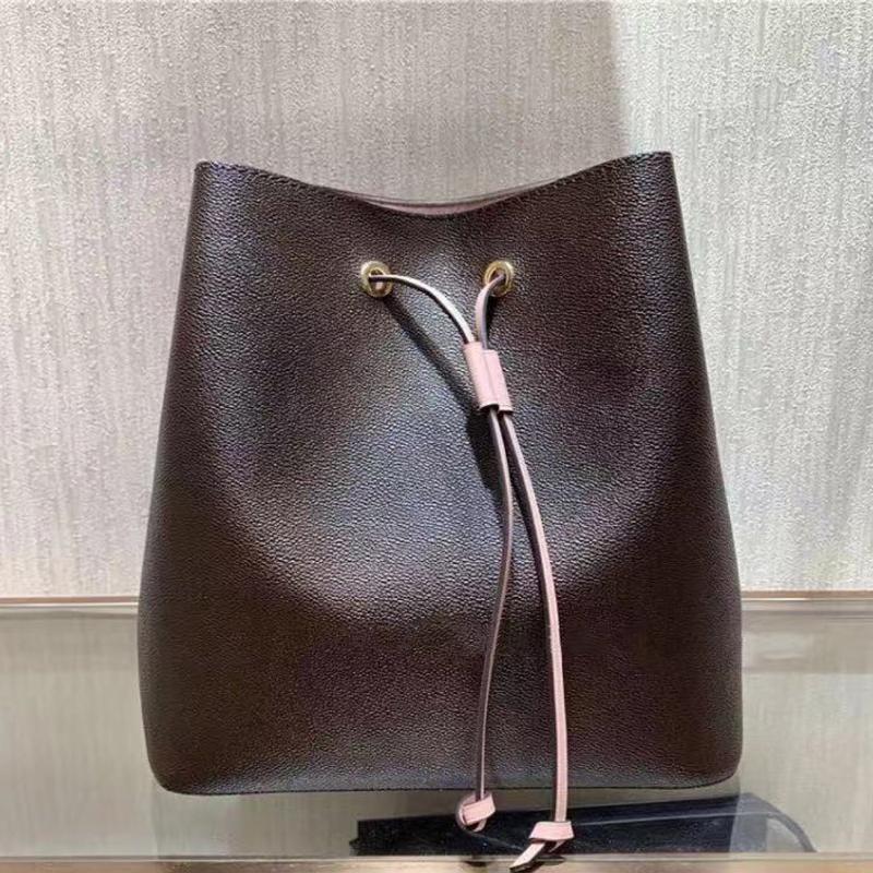 Классические высокопоставленные покупки женская сумка изящные сумки сумки для подсветки из натуральной кожи Borsa Tracolla, известная для качества плеча DARWSTRING B RUUA