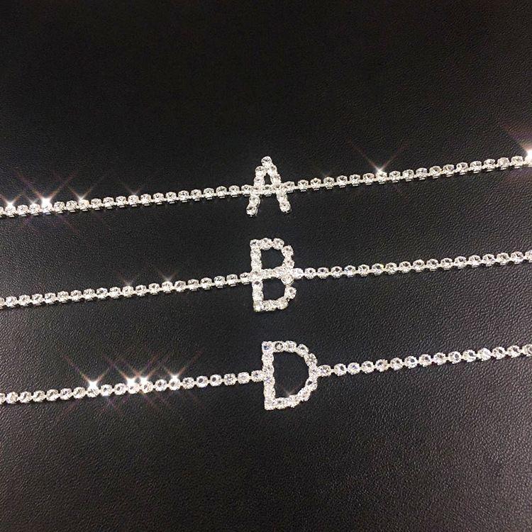 A-Z Lettera donne fuori ghiacciato catena del calzino dei calzini del braccialetto sexy a piedi nudi del sandalo Beach catene del piede braccialetto per gioielli signora Party regalo
