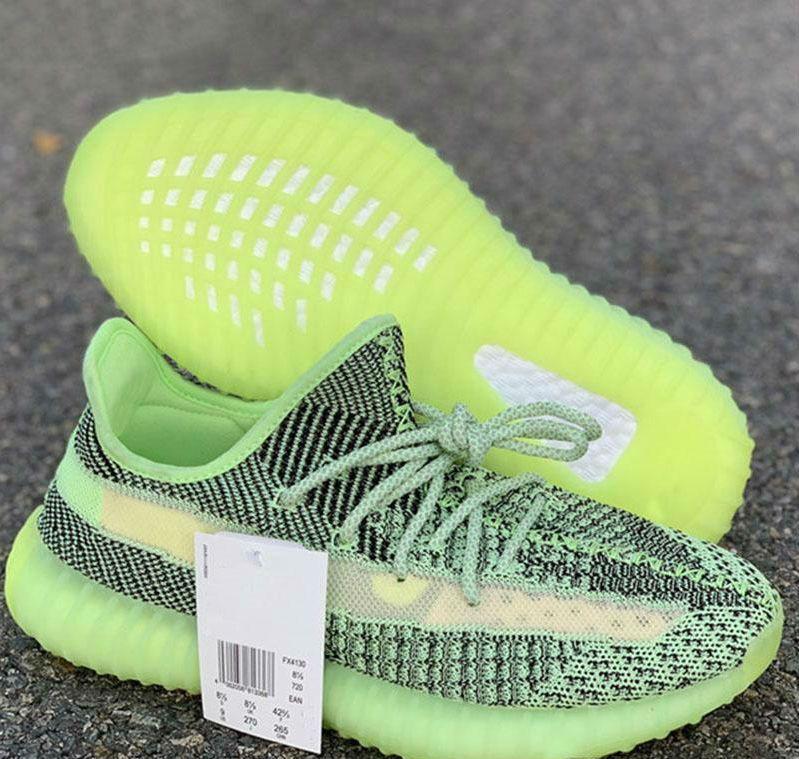 2020 Mais recente Running Shoes Hot Kanye West corredor da onda V2 Yecheil Homens Mulheres respirável Platform Trainers Designer Sports Sapatilhas