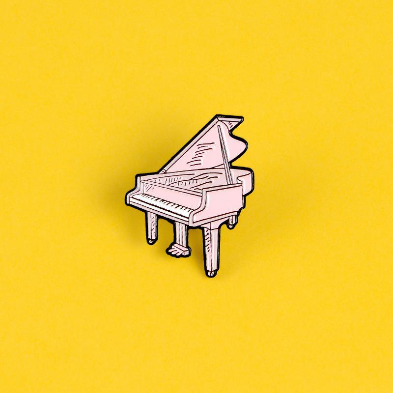 Moda yaratıcı sevimli karikatür müzik aleti pembe piyano pimi rozeti broş