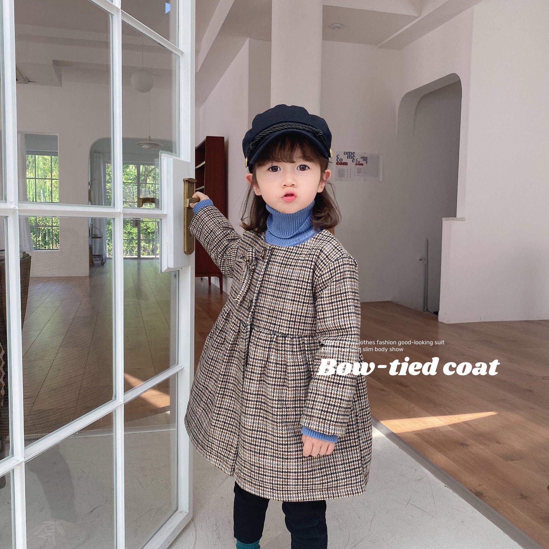 Filles à carreaux à manches longues, plus coton Manteau 2020 Automne et les enfants tout-petits hiver avec nœud papillon mode longue bébé Retro Manteaux