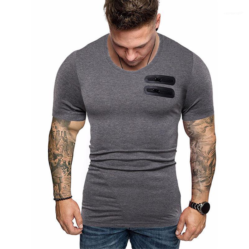 Kısa Kollu T Shirt Tasarımcı Katı Renk Casual Erkek Erkek Giyim Kasetli Kürk Cep Mens Tee moda Tops
