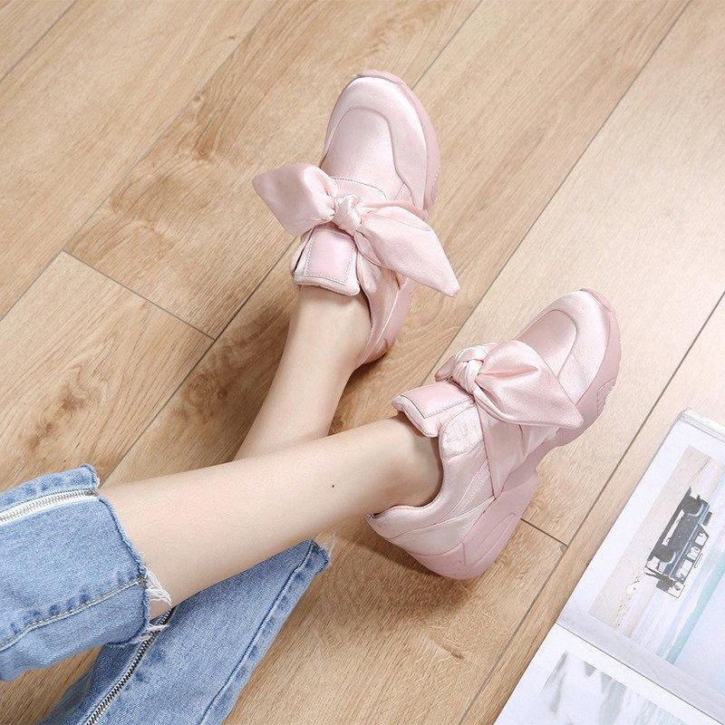 Femmes Flats Sneakers Chaussures Style Coréen 2019 Printemps Casual Femme Sneaker Mode Rose Sneakers Antiderapant Chaussures Femme Automne Mode APFR #
