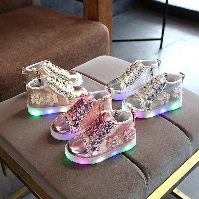 2020 Shoes Baby Girl Primavera / Outono Menino da criança Sapatos infantil Rhinestone Sneakers coco macio e confortável Flor Kid