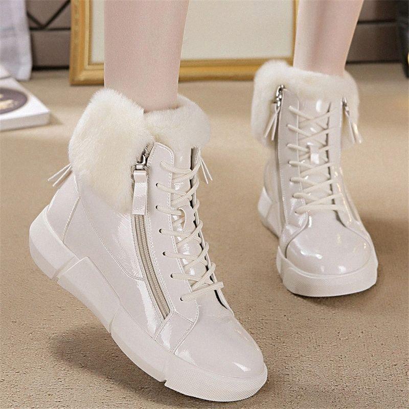 2020 Femmes d'hiver chaudes de la vraie fourrure Chaussures New Fat Bottes en cuir verni neige Side Zipper coton Chaussures russes 6APi #