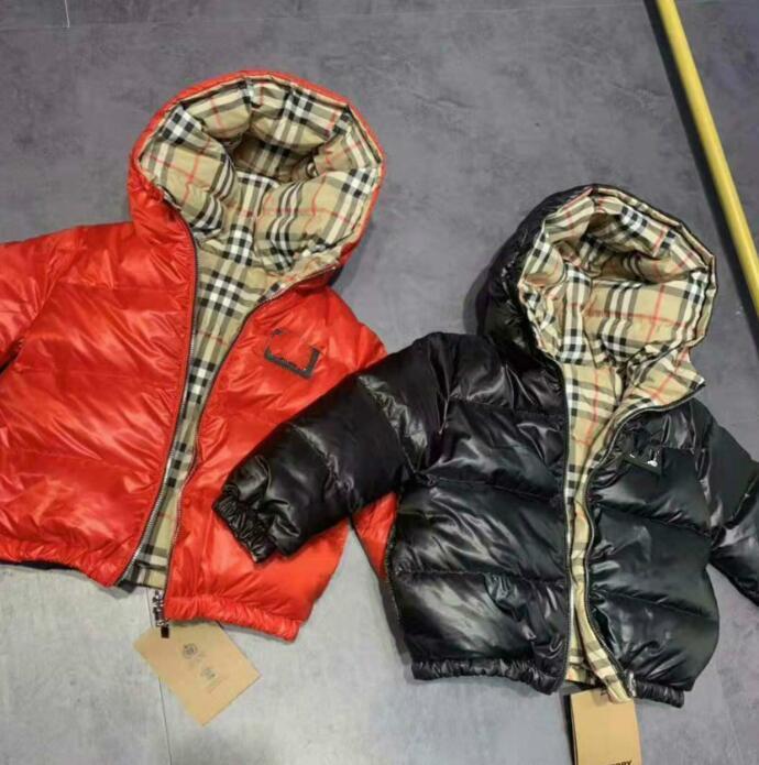 Brasão casacos acolchoados Casacos de inverno Brasão crianças roupas à prova de vento Engrosse Meninos Meninas de Down