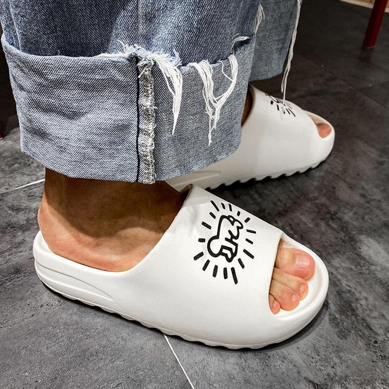 dormir de los hombres para el año 2020, el deslizamiento de la marca de zapatillas de casa blandos, flip flop playa, para hombre de los zapatos planos de graffiti