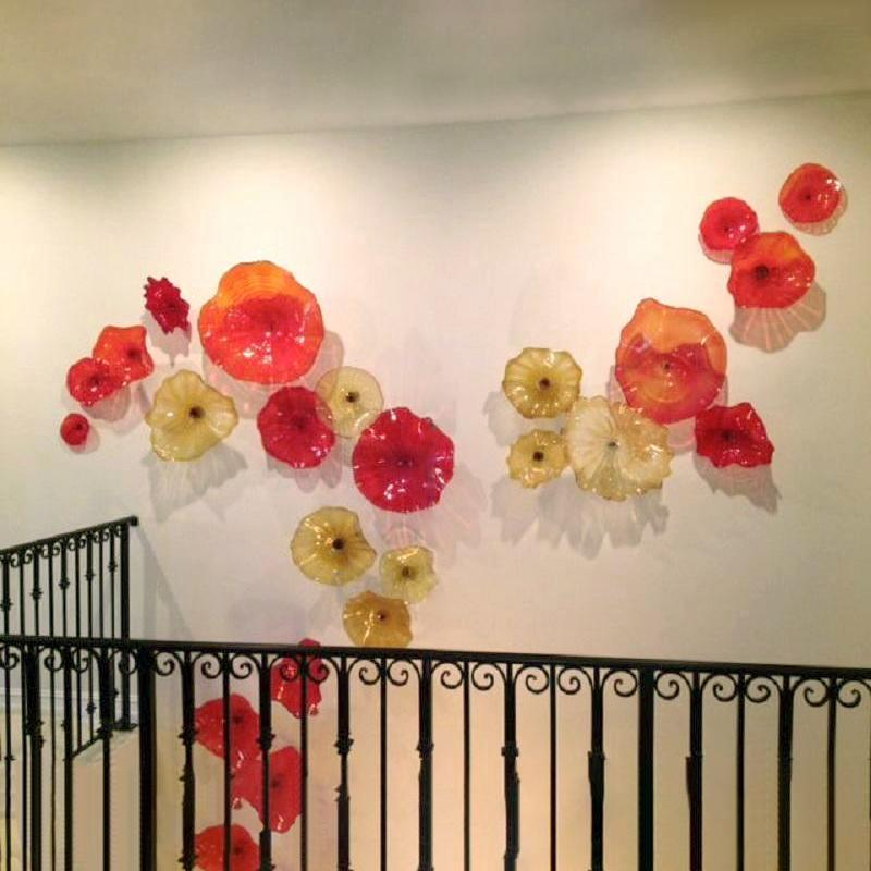 Italian Design Hand Blown Glass Lotus Flower Lamps Blown Glass Plates Beautiful Decoration Colored Murano Glass Led Wall Sconce