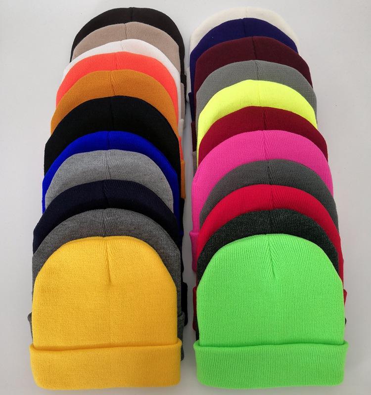 أزياء كلاسيكية رجالي السيدات إمرأة كرة لولبية قبعة البرد حافة أقل قبعة مبولة لوحة الخفيفة الصلبة الصوف شعار اللون قبعة متعدد الألوان حسب الطلب بالجملة