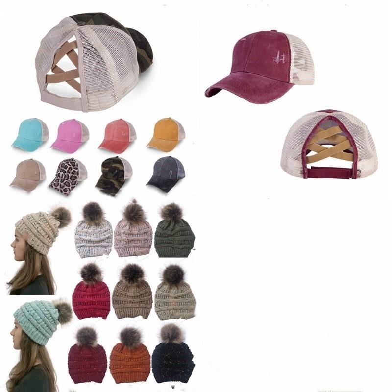 At Kuyruğu Dağınık Buns Şapkalar Kız Criss Çapraz Beyzbol Şapka Yaz Kış kasketleri Kafatası Cap Yün Topu Pom Örgü Şapka Etiket HHBO1538 Caps