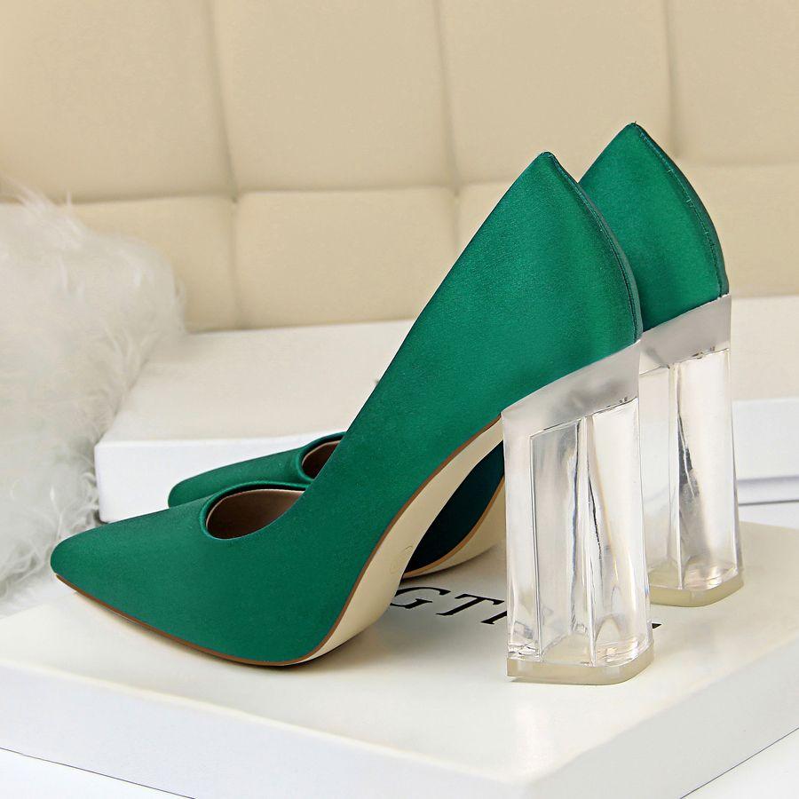 2021 Nova Salto Alto Mulheres Moda Pointed Toe Escritório Calçados Mulheres Sólidos Flock rasos sapatos de salto alto para as Mulheres 12 cores A2993-1