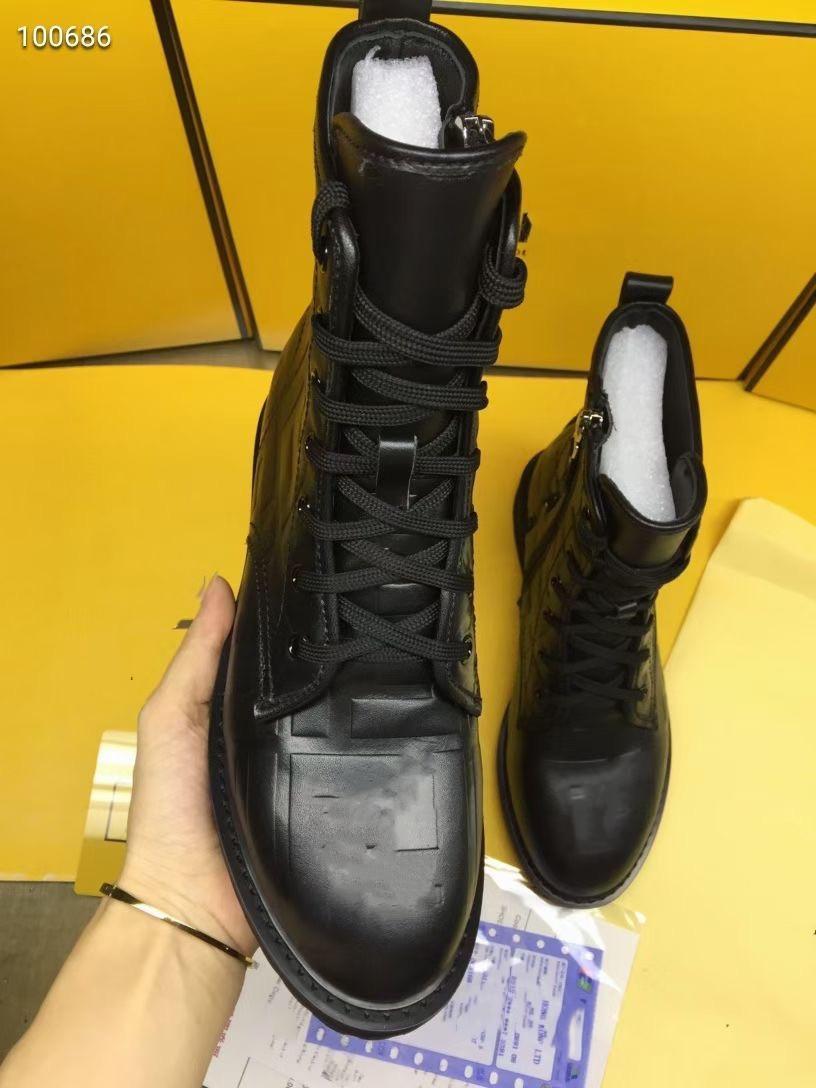 Hiver 2020 nouveaux milieu talon plat milieu des femmes lacer embossé FF botte chaussure bon lustre en cuir tête ronde