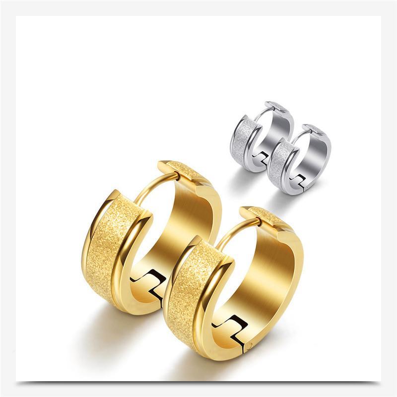 2020 Qualitäts-Titan Stahl Rundbogen Frosted Ohrringe Kristall aus Swarovskis 2 Farben Fit Frauen und weibliche für Partei