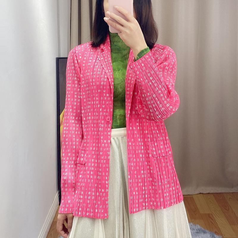 Changpleat nuova moda primavera 2020 le donne del vestito stampato Miyak maniche a pieghe lungo grosso pulsante one size femminili cappotti Jacket Tide