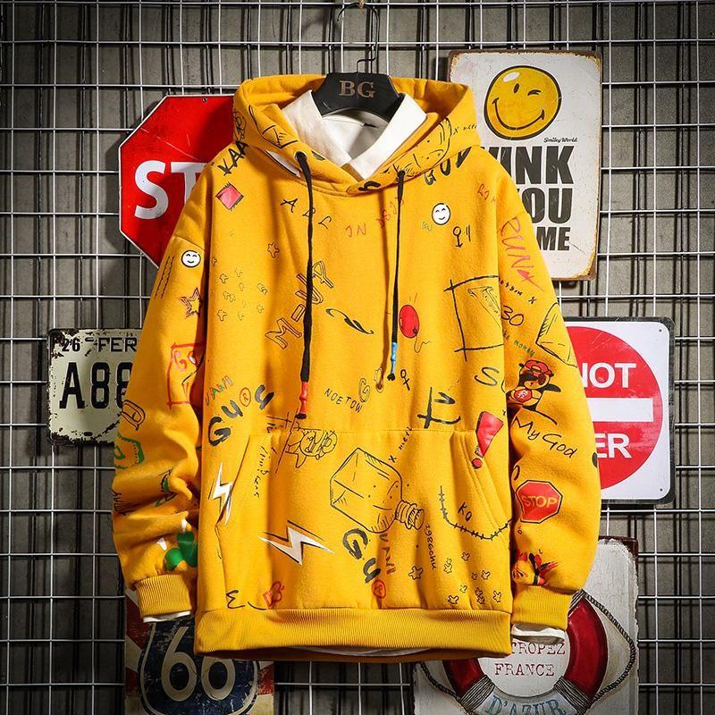 Hoodies dos homens Men 2020 Primavera Anime Graffiti camisola Male Hip Hop Harajuku japonesa Streetwear Yellow Hoodie Men