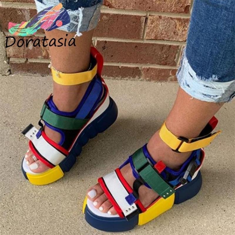 DORATASIA Big Taille 44 Lady Fashion Velcro Platform fil Casual Sandales peep toes Boucle Sandales Femme 2020 Chaussures d'été femme Y200620