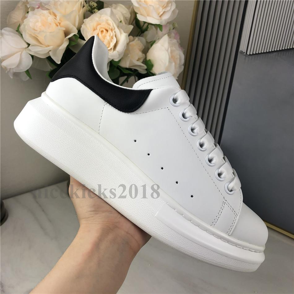 Fashion Casual Chaussures Femmes Scarpe Mens Daily Cuir Skateboard Skateboard Chaussures Tourcette Formatrices de marche Black Glitter Shinny Chaussures