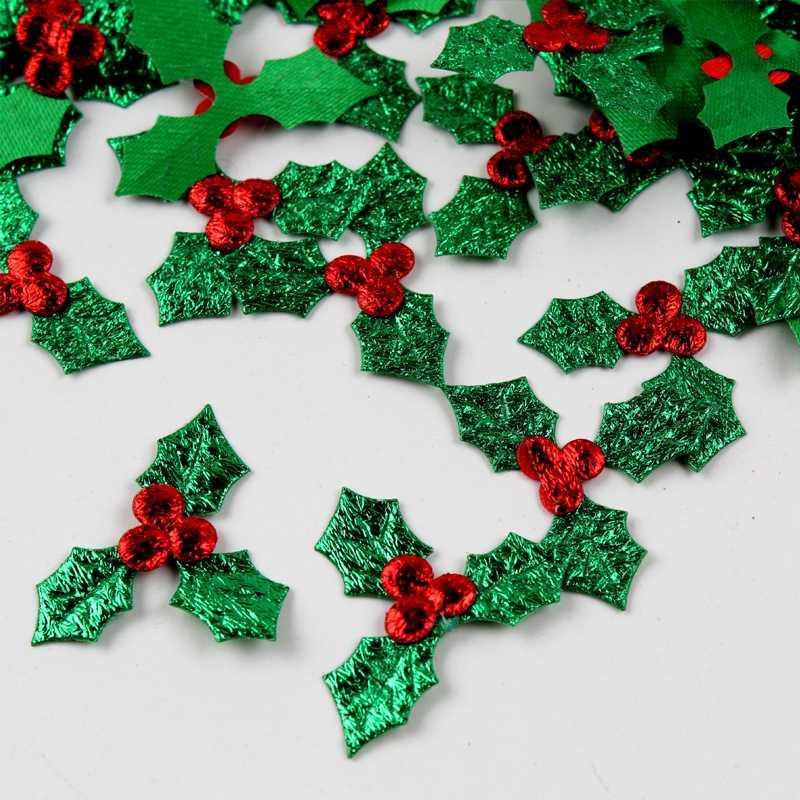 100pcs / Packung Weihnachtsdekoration Holly Beeren und Blätter Applikationen Laser Grün-Blätter Weihnachtsbaum Tischdekoration DIY Fertigkeit