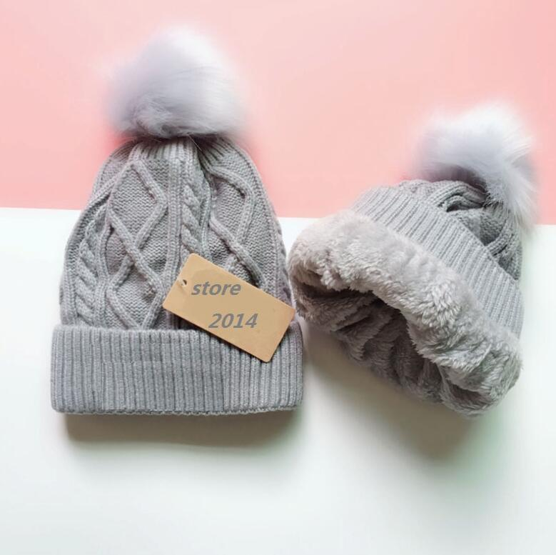 New Brand Winter 5 Colors Fashion Women Knitted Caps Inner Fine Hair Warm And Soft Beanies Brand Crochet Hats