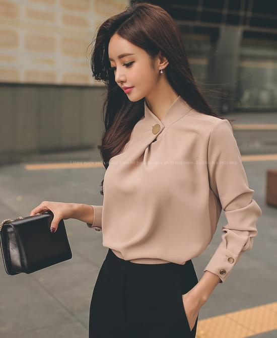 Business suit shirt 2020 Spring New Korean style elegant stand collar loose chiffon shirt + straight pants two-piece suit women's clothing u