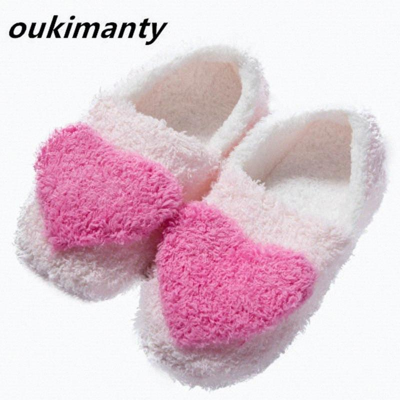 3 couleurs chaudes Plush Femmes d'hiver Pantoufles chaudes Chaussures Chambre Pantoufles d'intérieur Loves Couple Chaussures de sol # Y0100108Y TDLX #