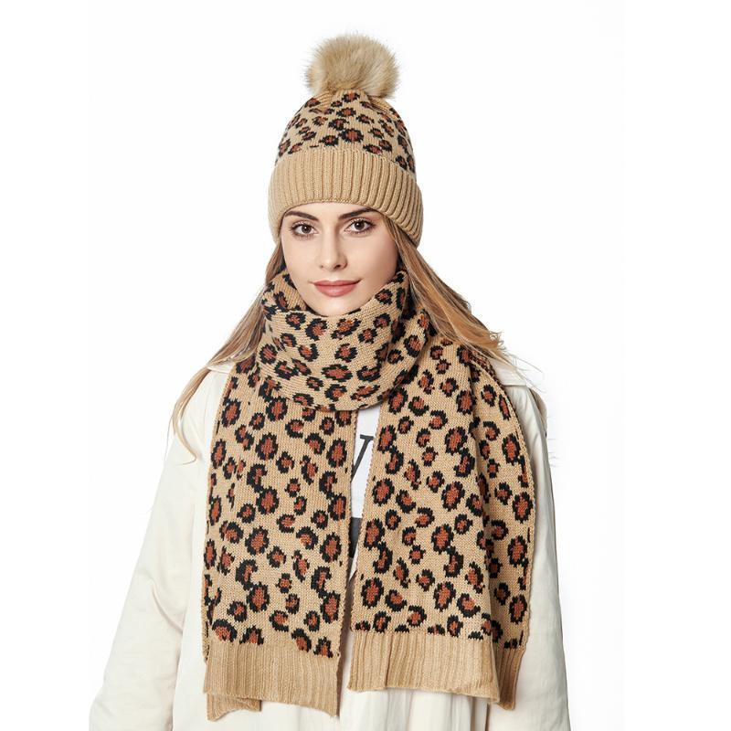Leopardo de la moda sombrero de las mujeres de punto con una bola bufanda de imitación de piel de imitación sombreros bufandas accesorios de invierno conjunto para damas sjaal MutS