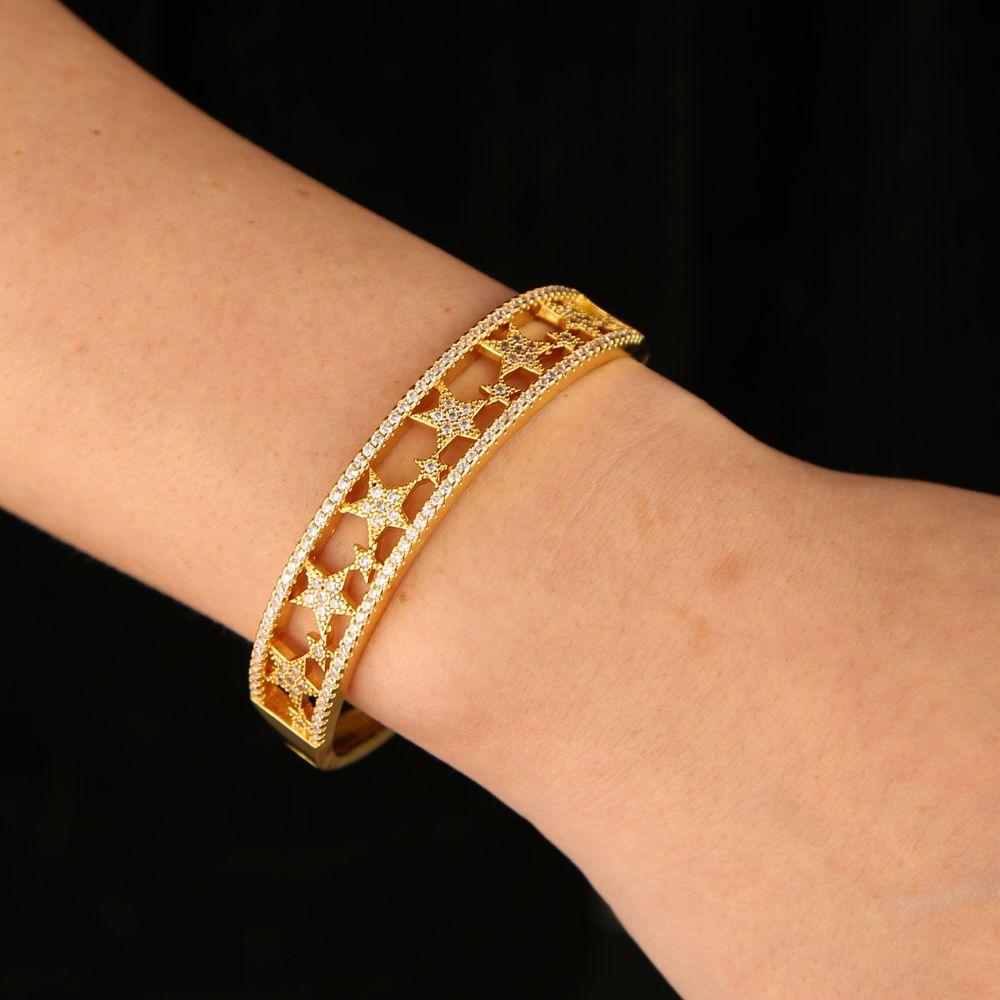 Moda Europeu delicado oco vários Estrela manguito pulseira para mulheres clara CZ da cor do ouro pavimentar agradável diâmetro Jóias 56MM