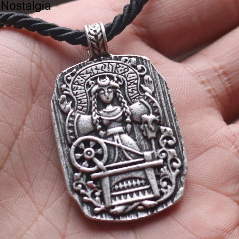 10 قطع القوطي آلهة مصير الفايكينغ مجوهرات الرونية تميمة المعلقات القلائد النساء الأمهات يوما هدية بالجملة