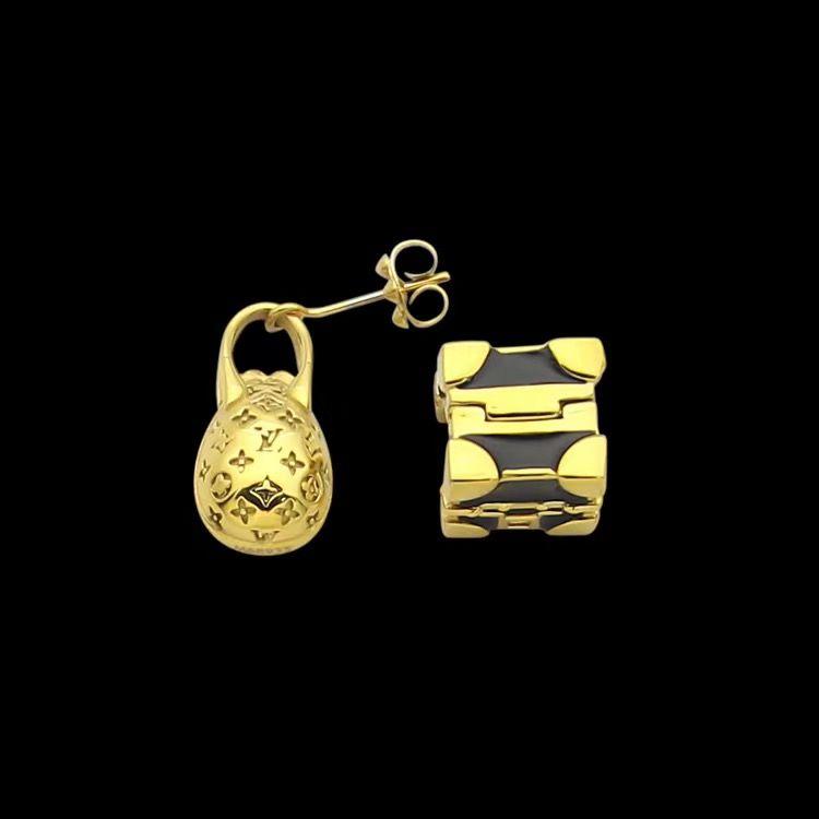 Designerschmuck Gold-Cube-Bolzen-Ohrringe für Frauen-Edelstahl-Tasche Schwarzes Quadrat Asymmetrische Ohrringe Vier Blatt Blume Mode Bijoux