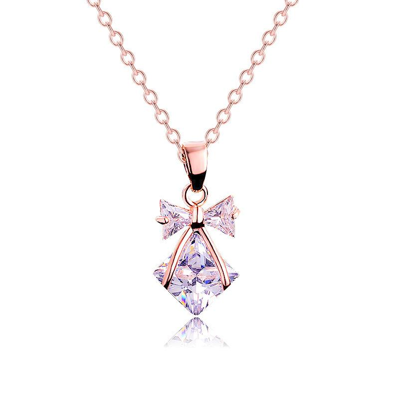 Trendy Zircon Arc cristal minuscule collier de haute qualité en cristal clair Place collier pendentif pour les femmes Bijoux