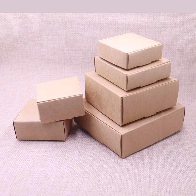 20pcs New Diy Kraft Paper Box for Wedding Favors Birthday Candy Cookies Christmas Party Gift Ideas Jwsi