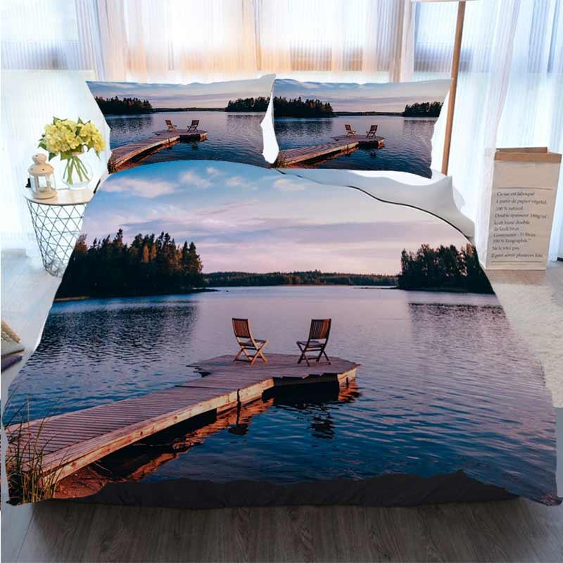 Постельные принадлежности 3 шт пододеяльник Комплекты Два Деревянные стулья на деревянном Пристань с видом на озеро В Sunset Home Luxury Soft Duvet Утешитель Обложка