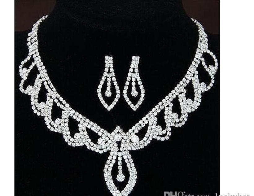 L'insieme dei monili insiemi completi lucido 2 Set Moda strass Bridal Jewelry Breve ciondola la collana della sposa di disegno insiemi degli orecchini collana superiore bbyfN