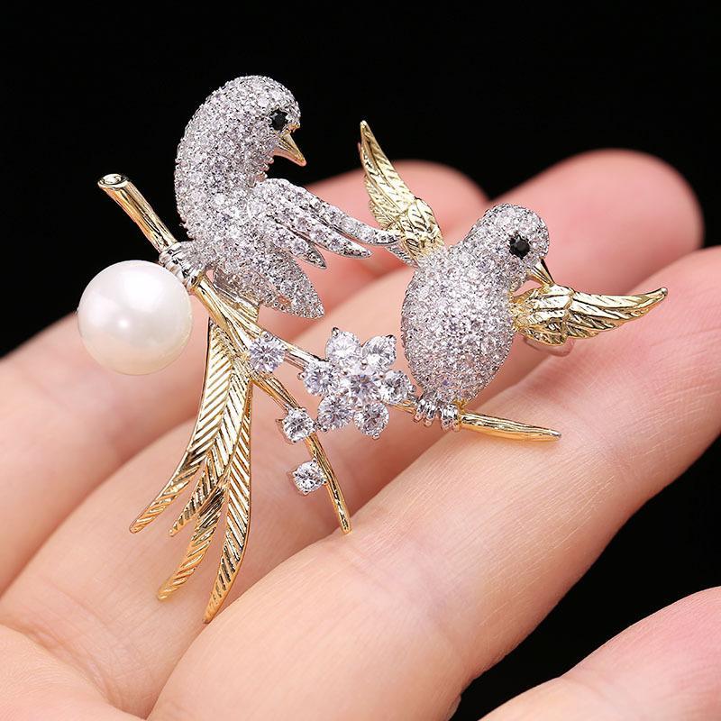 Corea nueva marca de alta calidad micro-incrustaciones de circonio animales aves broche de joyería de moda exquisita perla brillante circón broche de accesorios de regalo